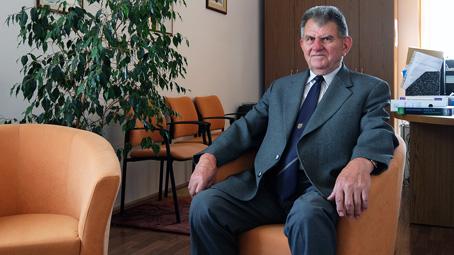 Portrébeszélgetés dr. Fischer Emillel, a Farmakológiai és Farmakoterápiai Intézet emeritus professzorával