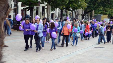 Negyedmillió Alzheimer-kórban szenvedő betegért sétáltak