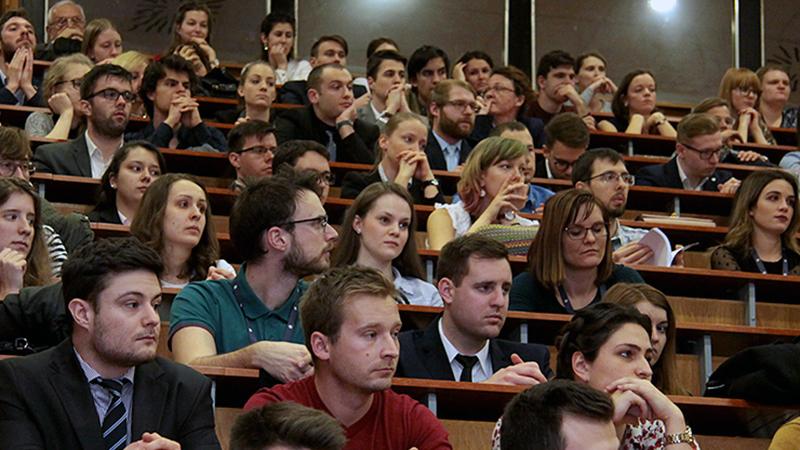 """""""Olyan hallgatókból épül fel a csapat, akik tudományos munkájukban is eredményesek"""""""