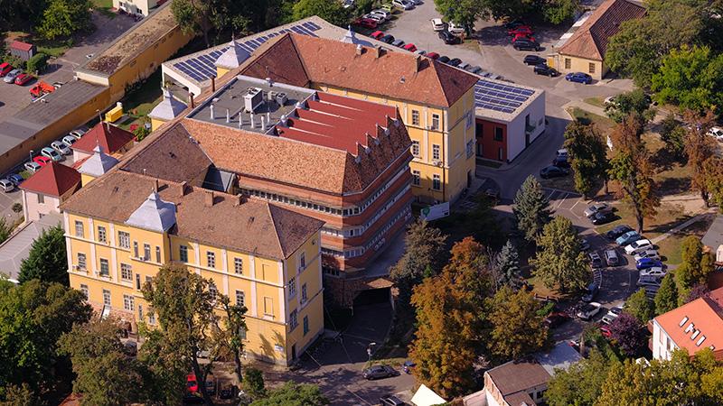 Közép-kelet európai referencia központ lett az Idegsebészeti Klinika