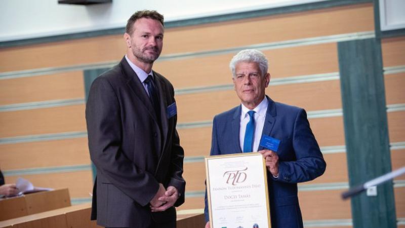 Dr. Dóczi Tamás professzornak ítélték a Pannon Tudományos díjat