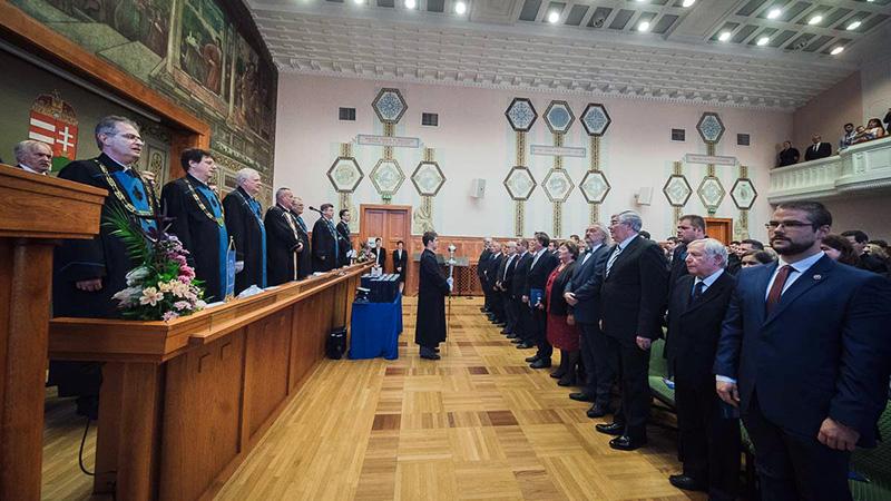 Ünnepi szenátusi ülés a Magyar Tudomány Ünnepe alkalmából