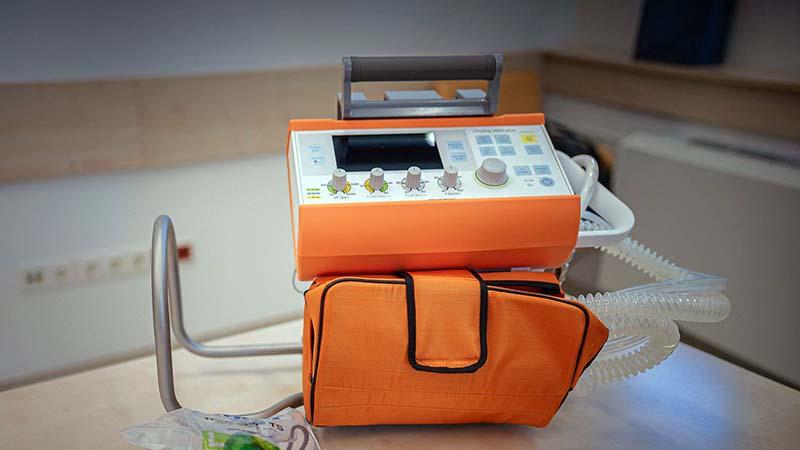 Korszerű lélegeztetőgépet kapott ajándékba a sürgősségi osztály