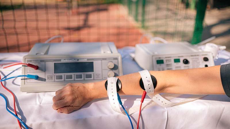 Új, hiánypótló ultrahanggal és elektroterápiás eszközzel gazdagodott a Gyermekgyógyászati Klinika