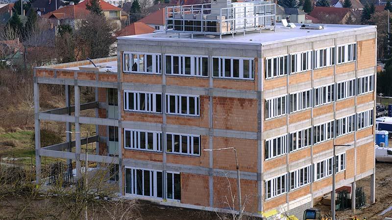 Optimierte Struktur für die örtliche Milieu von Pécs nach menschlichem Maß