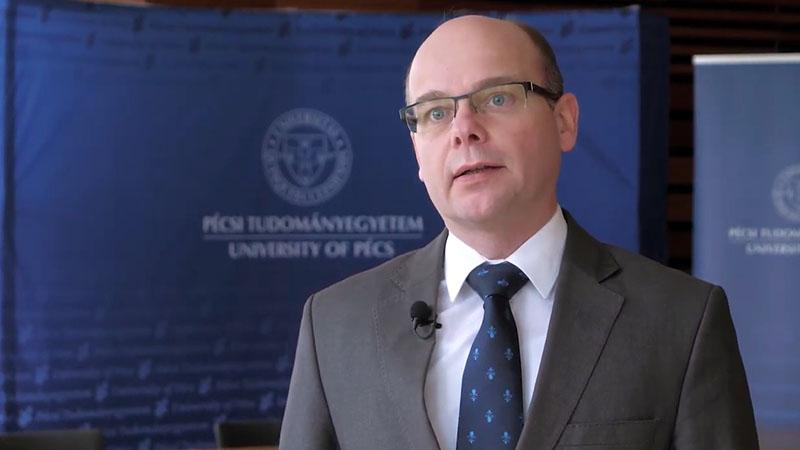 Prof. Dr. Betlehem József rektorhelyettes tájékoztatása a március 8-tól életbe lépett járványügyi szigorításokról