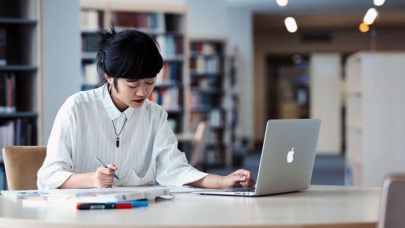 Idén nyáron is online tanulnak a külföldiek magyarul