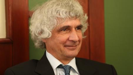 Beszélgetés dr. Czirják László professzorral, a Reumatológiai és Immunológiai Klinika vezetőjével