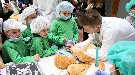Ismét nagy siker volt a Teddy Maci Kórház