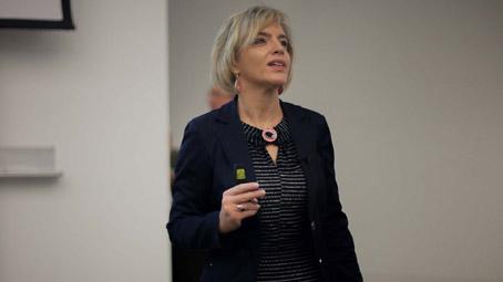 Dr. Helyes Zsuzsanna professzor asszony kapta idén a Szentágothai-díjat