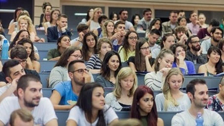 Nyolcmilliárdért tanulnak, és legalább annyit el is költenek a külföldi hallgatók Pécsett
