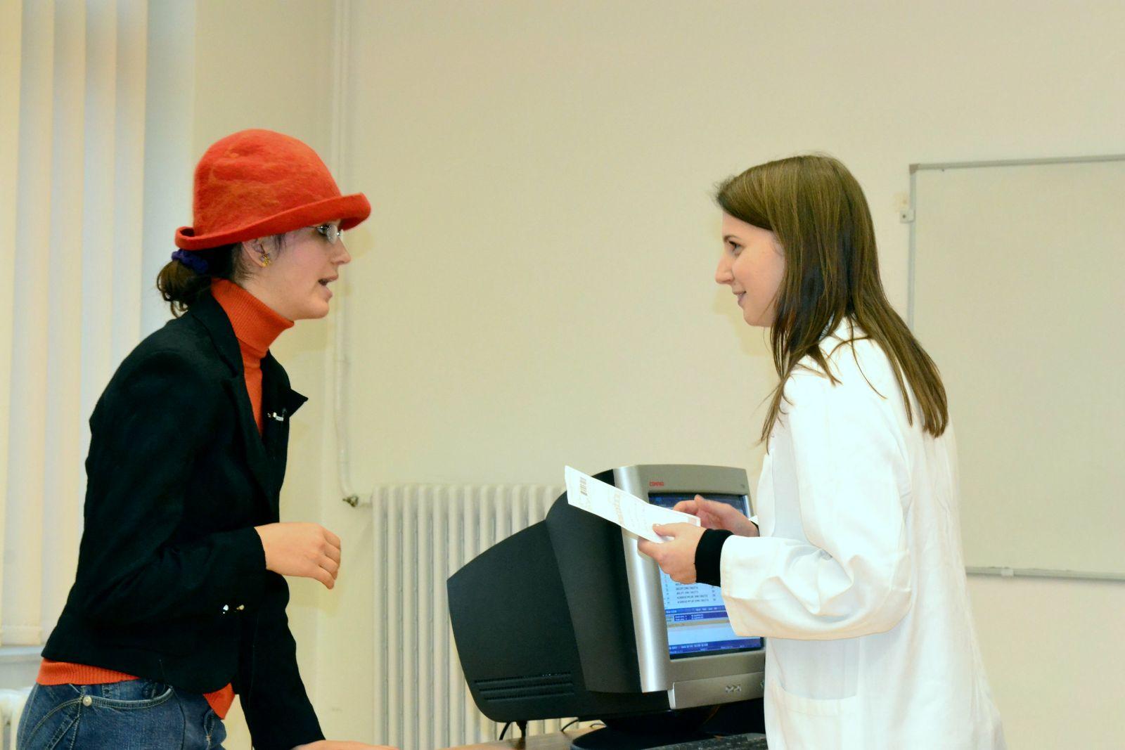 Gyógyszerészi szituáció a gondozási versenyen Pécsett